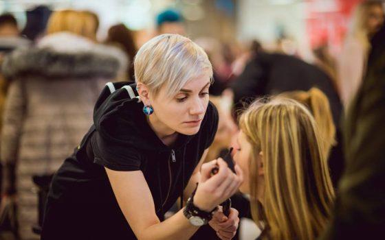 "Pirmais 2018 gada ""Meet and Greet ar slavenību""  Riga Plaza"